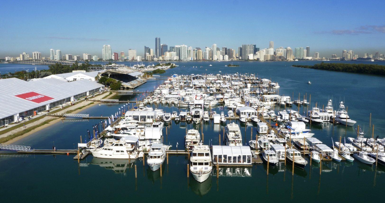 Miami Boat show 2019 - 03R