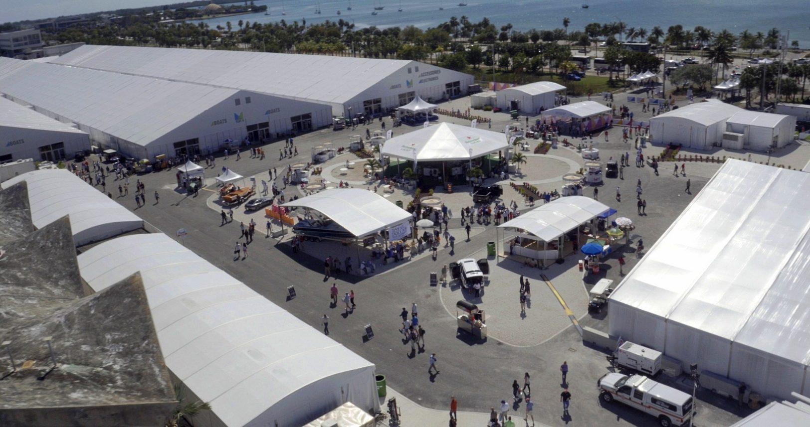 Miami Boat show 2019 - 04R