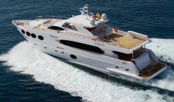 NG Gulf Craft Majesty 105 2013 - 01